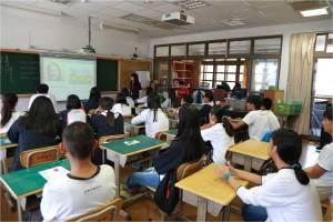 英語外籍教師匱乏!全台國中小學童每1萬人共用3位外籍教師!TutorABCJr Virtual Class Room 2.0雲端教室於海拔一千公尺開課!台灣之光─原聲童聲合唱團遠距Live教學獲好評-3