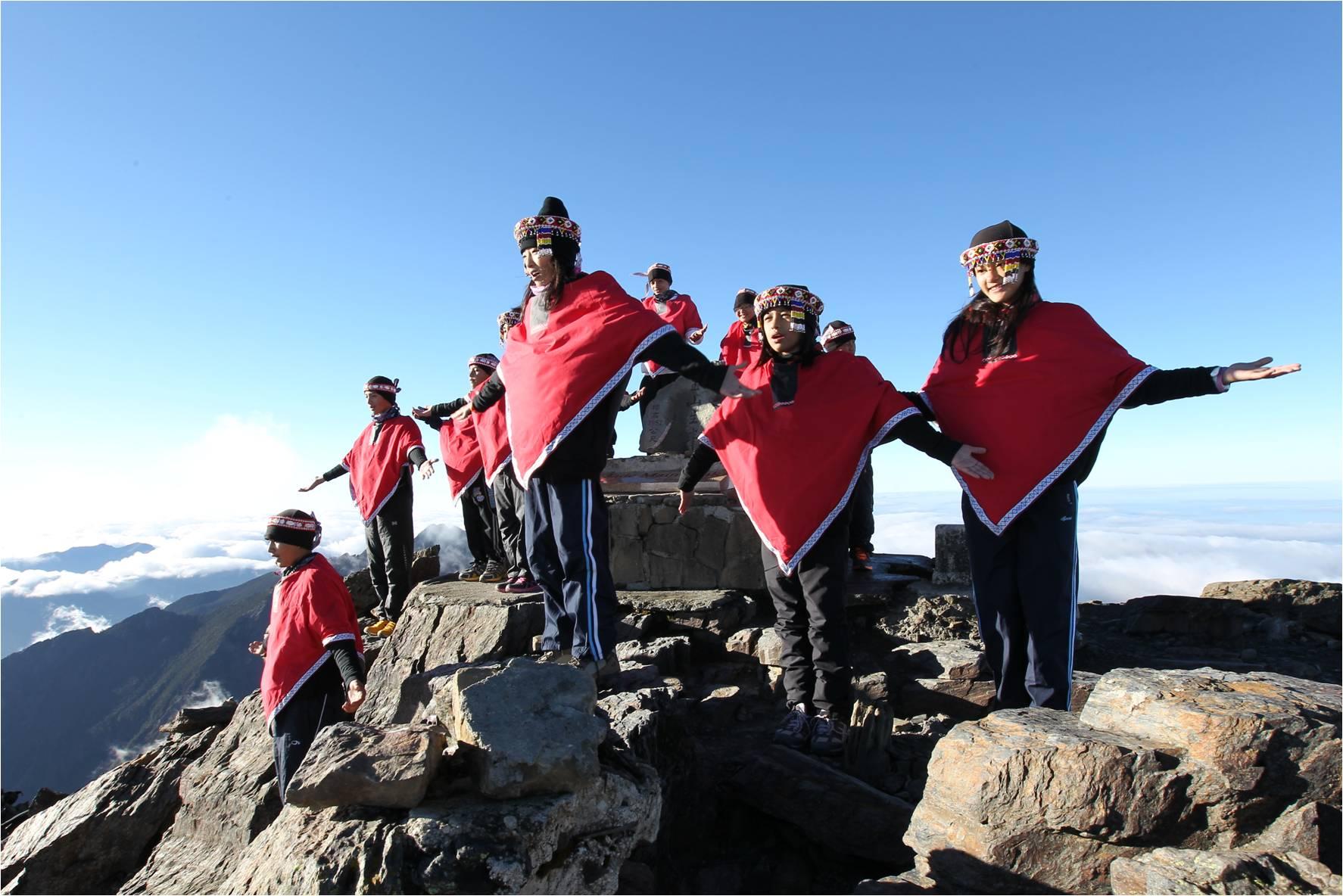 TutorABC夢想起飛.世界之美公益禮讚音樂會邀請台灣原聲童聲合唱團聯袂做愛心演出