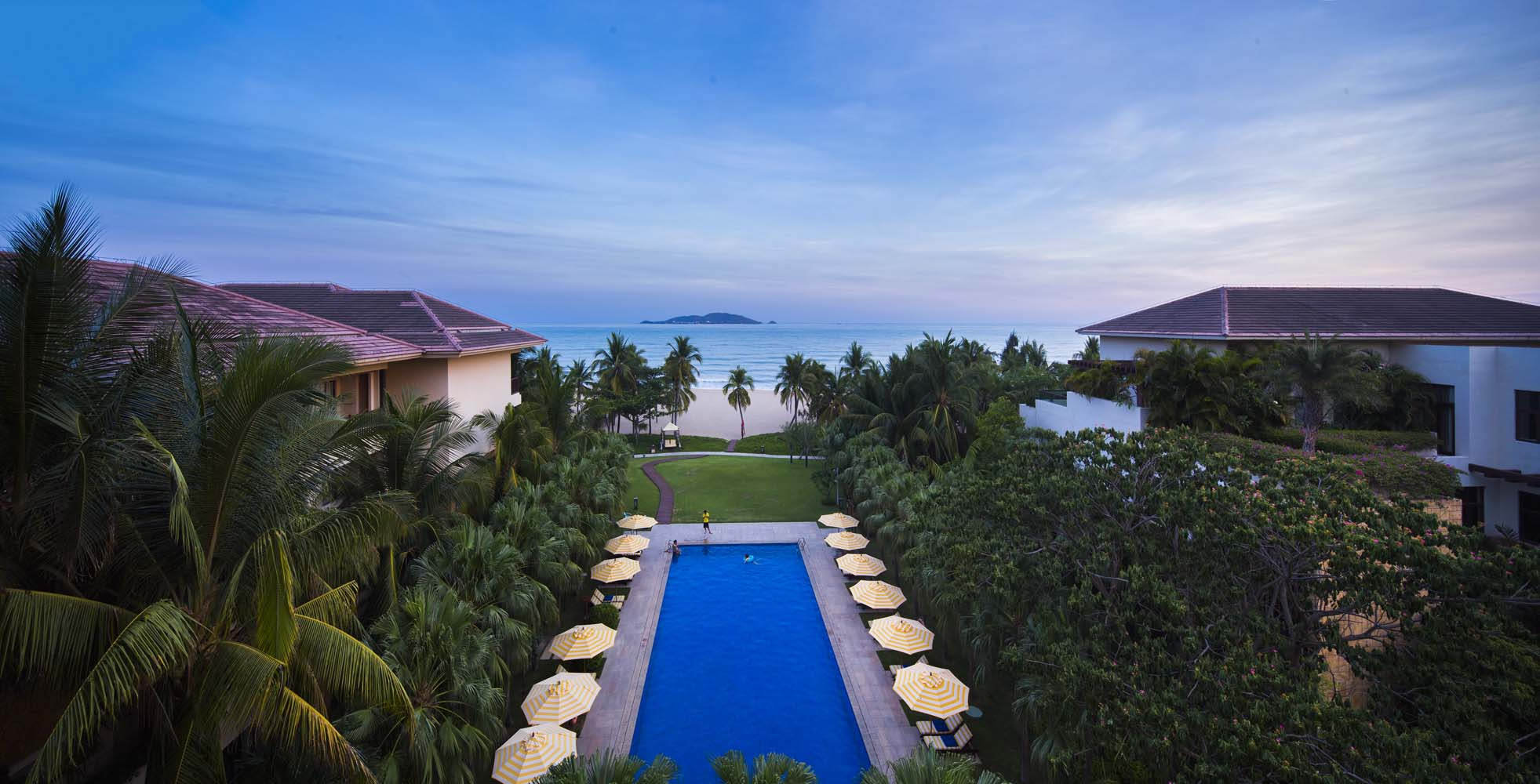 club med Highlights for club med taking a luxurious vacation to another country might seem like a far-fetched idea, especially if you believe that you will never be able to afford it.