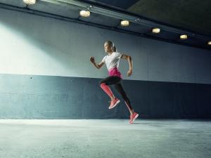 PUMA IGNITE Ultimate 是跑者每日訓練的跑鞋首選