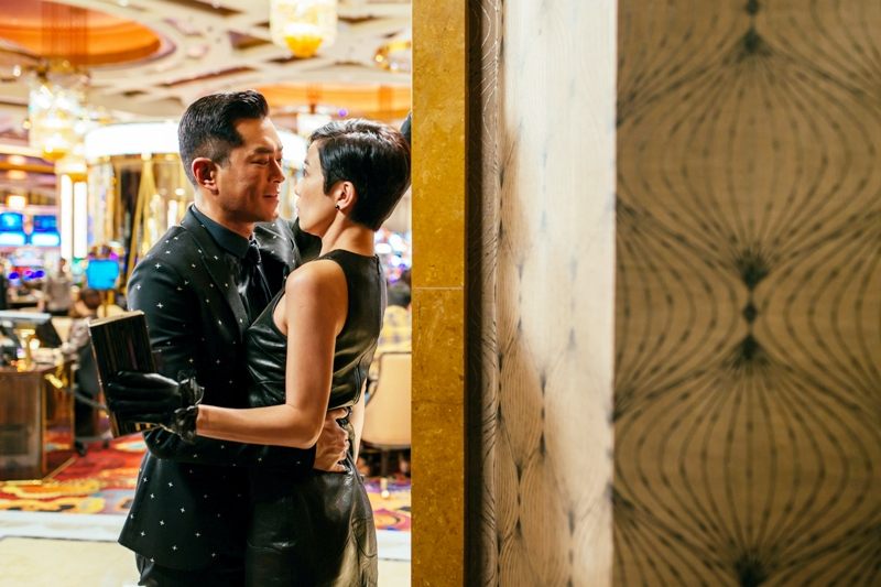 佘詩曼和古天樂在澳門賭場彼此試探 上演大尺度肢體動作 1