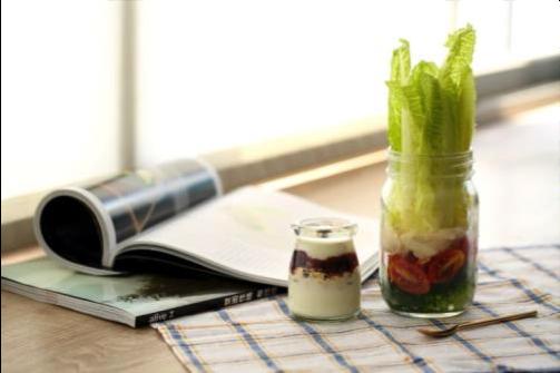 創意飲食2:夏季沙拉罐