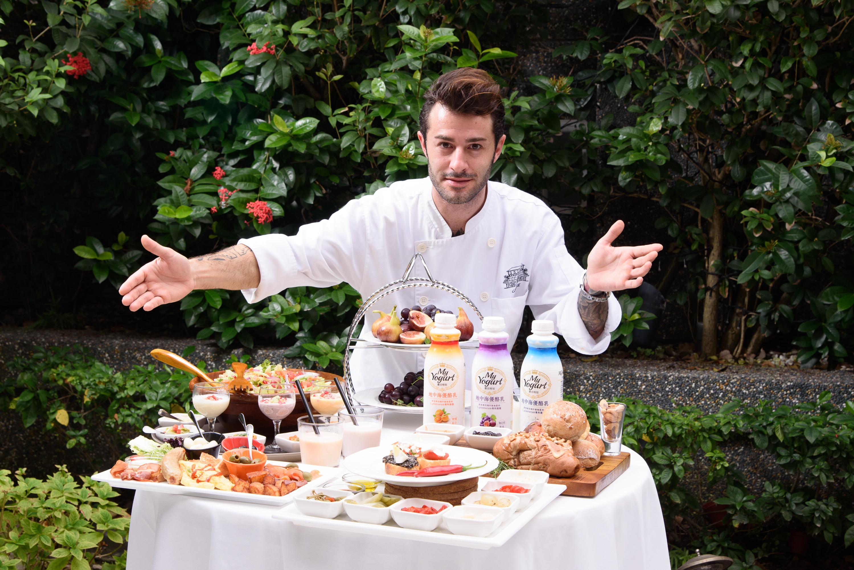 【圖三】歐洲主廚Peretto Mirco也推薦的My Yogurt優活時刻,堅持健康、自然,不添加膠體、香料及色素,風味與家鄉歐洲優酪乳近乎相.._