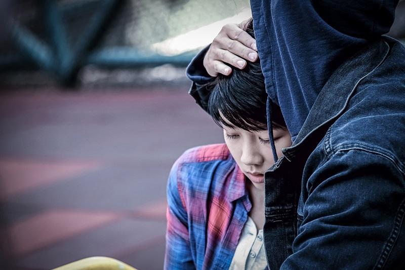 顏卓靈挑戰外表無辜但內心充滿痛苦及仇恨的角色
