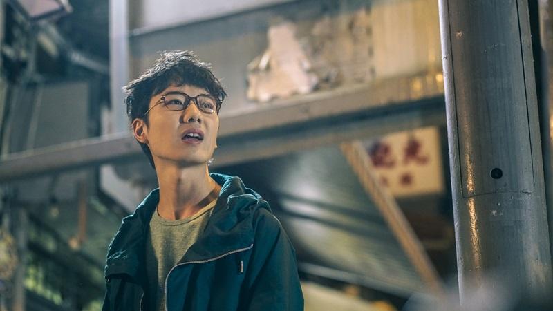 新生代小生蔡瀚億扮演宅男殭屍獵人