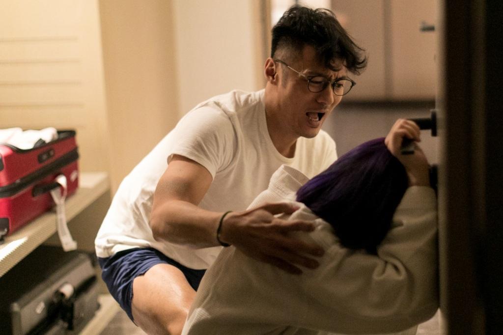 片中有一場在台灣拍攝關鍵地震戲1