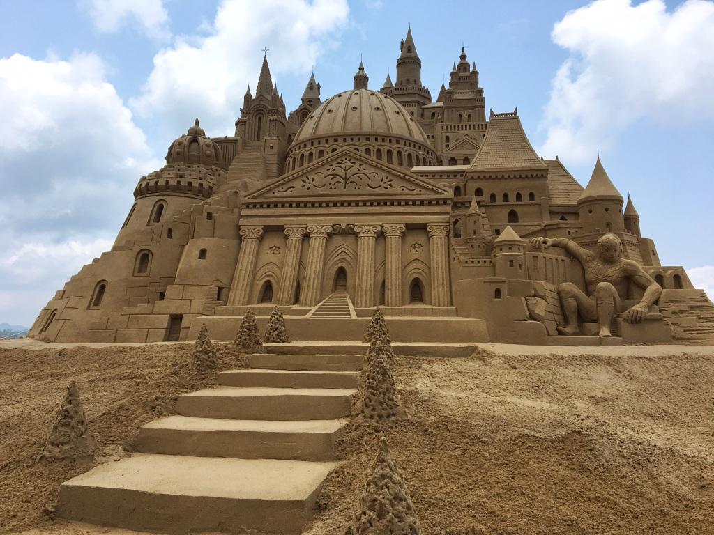福容大飯店新聞稿-福隆國際沙雕季5.6登場 全台最高城堡沙雕亮相3