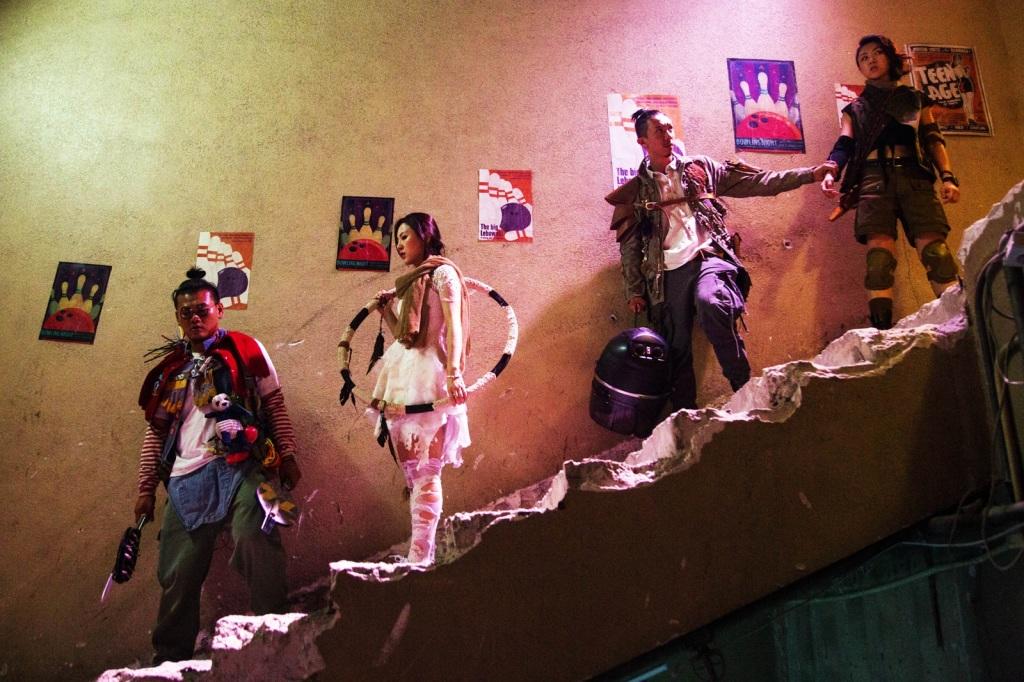 白只(左起)、王敏奕、張繼聰、顏卓靈 共同殺出重圍力抗喪屍