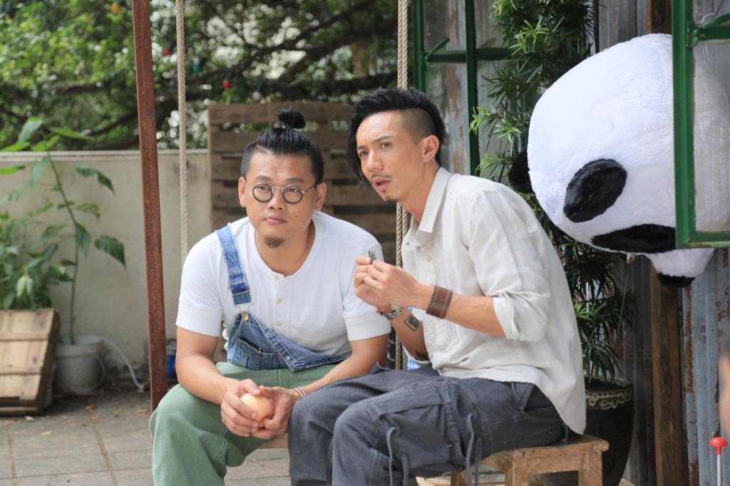 白只與張繼聰是多年好友 首度合作電影《今晚打喪屍》