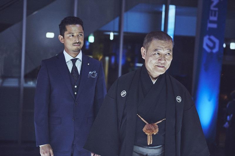 國村隼與池內博之在戲中扮演兩父子