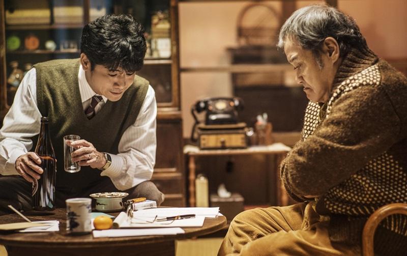 日本影帝級演員西田敏行 在片中演出靈魂人物浪矢雜貨店老闆 (1)