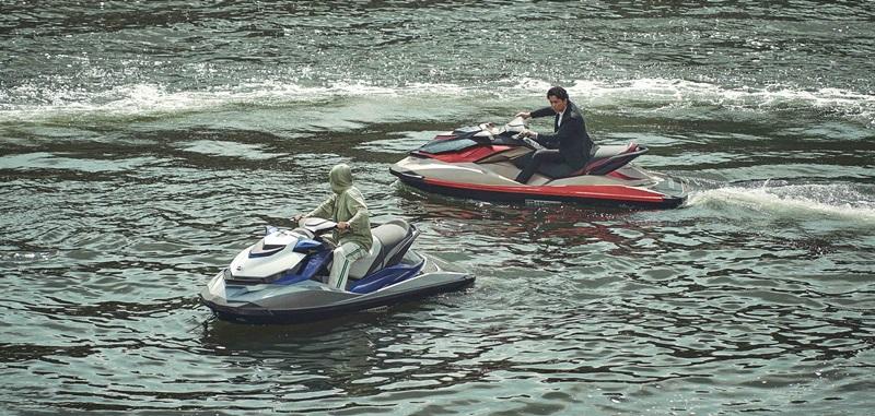 福山雅治和張涵予在大阪運河飛車追逐 水上激鬥