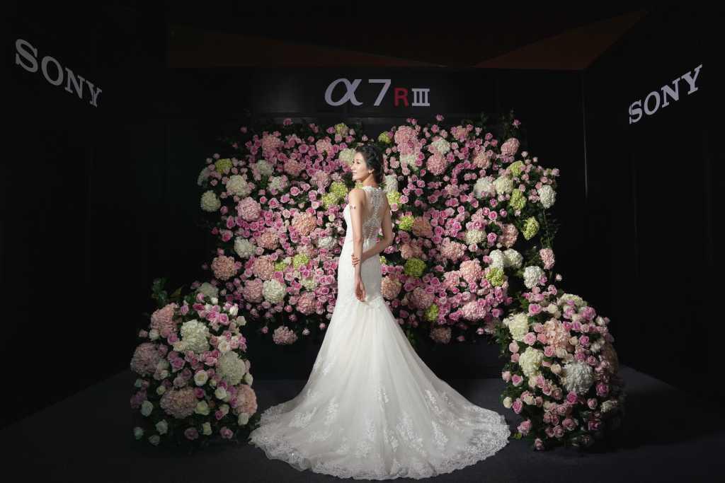 Sony 全片幅無反光鏡數位相機 α7Rlll 採用革命性影像處理效能,是婚紗攝影的新選擇