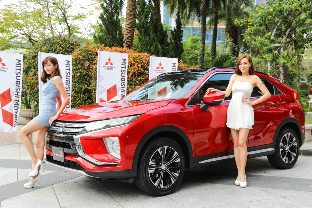ECLIPSE CROSS 動態流線側身線條設計 充分展現Coupe Like SUV的獨特外型