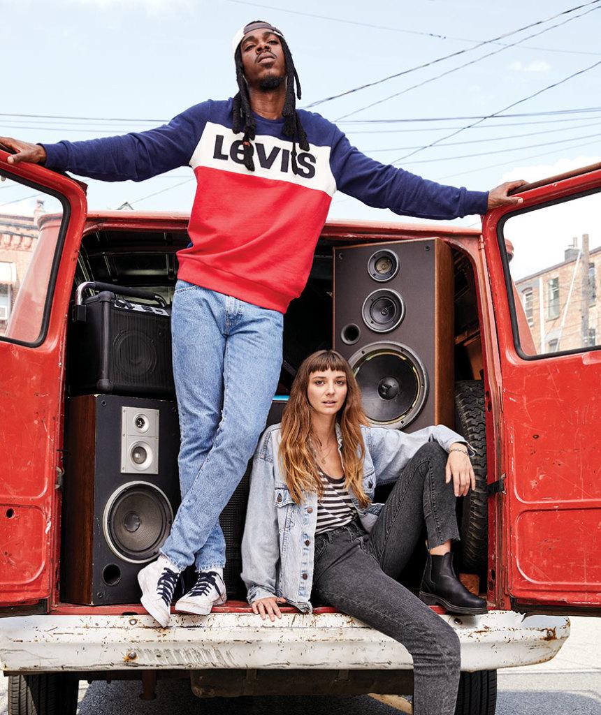 LEVI'S 全新SPORTSWEAR系列 X 潮鞋命定512錐形褲 全新3色Logo復刻經典美式運動精神 開啟春日休閒潮流新紀元
