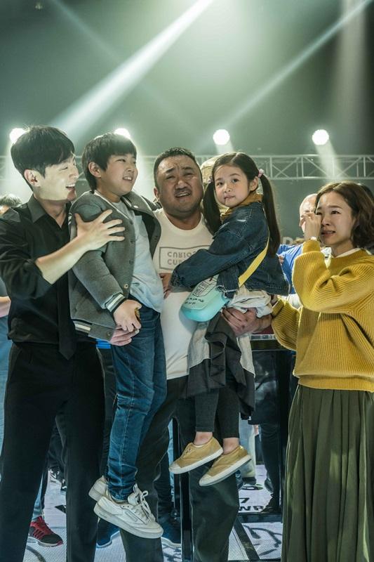 韓國熱血強片《冠軍大叔》台灣開紅盤 全台累積1480萬票房 打破韓國電影今年開票記錄