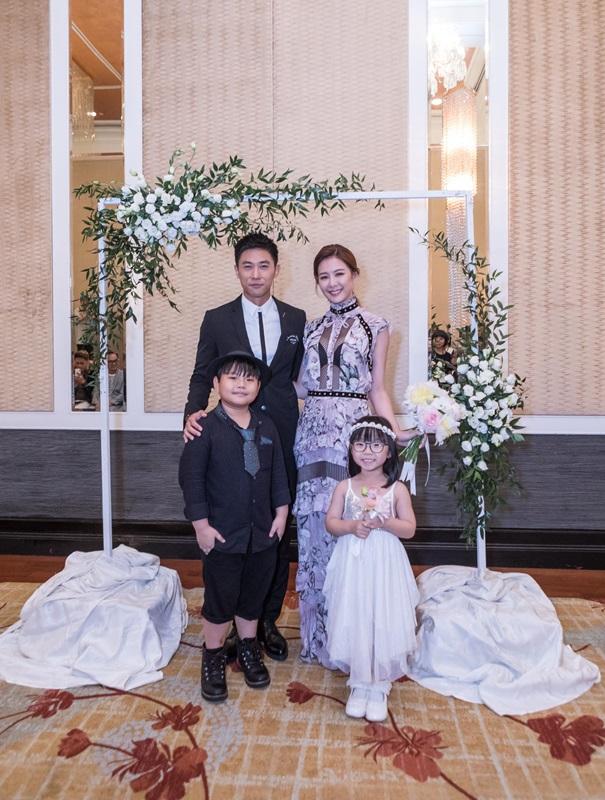 安心亞和陳泂江在記者會上以「新人」姿態登場 更有花童陪嫁