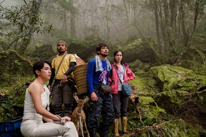 何林駿(左起)、撒基努、蘇達、小薰 合作電影《山的那一邊》