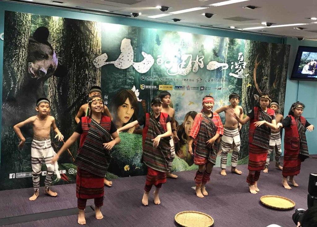 台中市松鶴部落博愛國小的合唱團帶來開場表演2