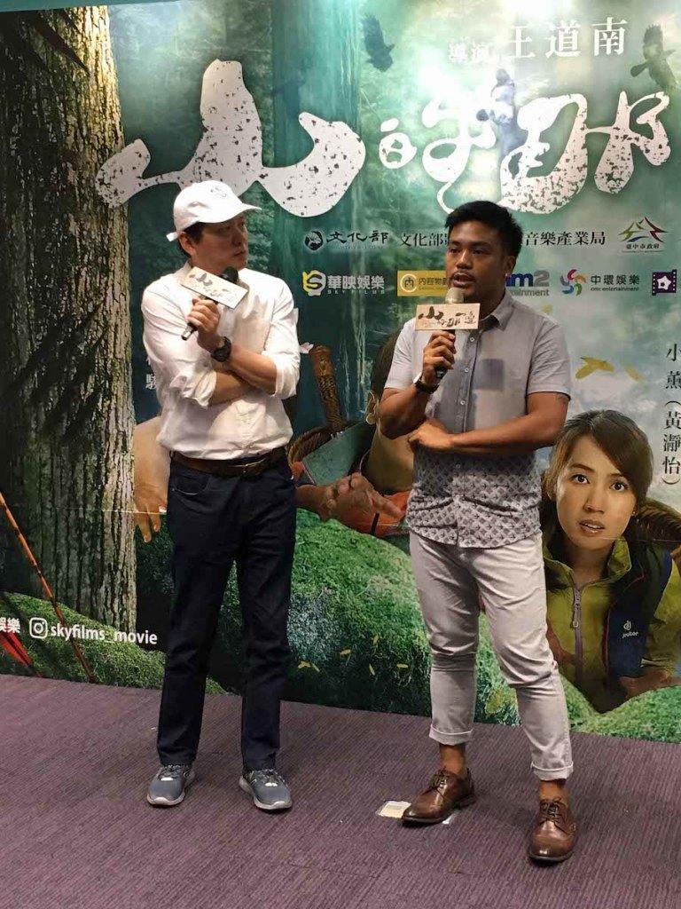導演王道南與演員撒基努到臺中宣傳