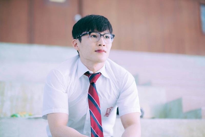 湯君慈在《大師兄》演出有「天生性專注力不集中」的問題學生1