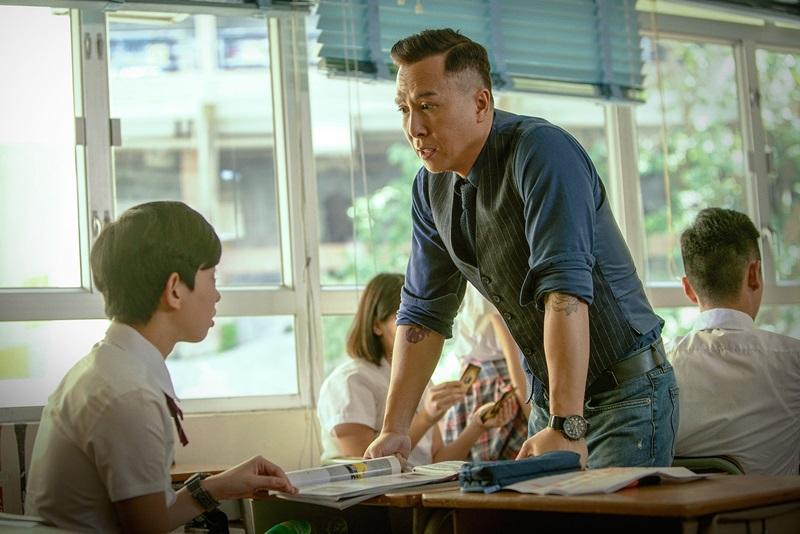 甄子丹的老師職業無法使用武器 只能赤身肉搏或就地取材 (1)