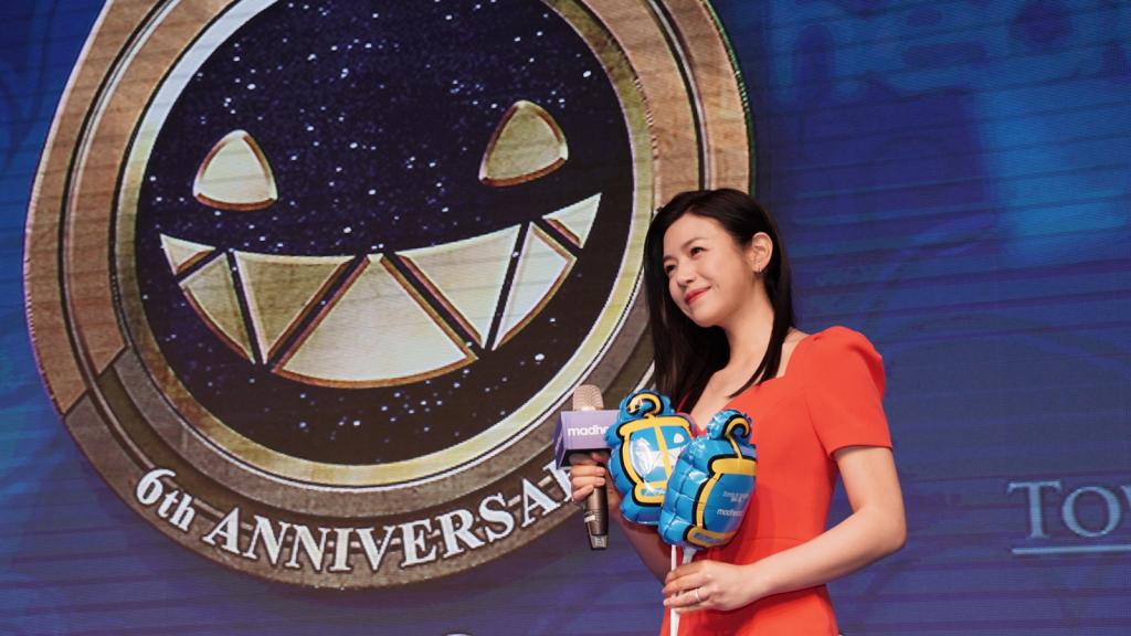 圖說:遊戲代言人陳妍希小姐在2019台北電玩展登台和玩家歡度六周年生日慶典