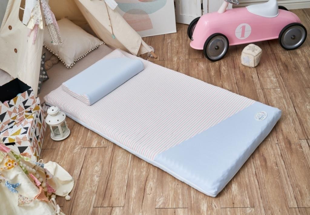 水洗透氣嬰兒床枕,可輕鬆攜帶外出使用